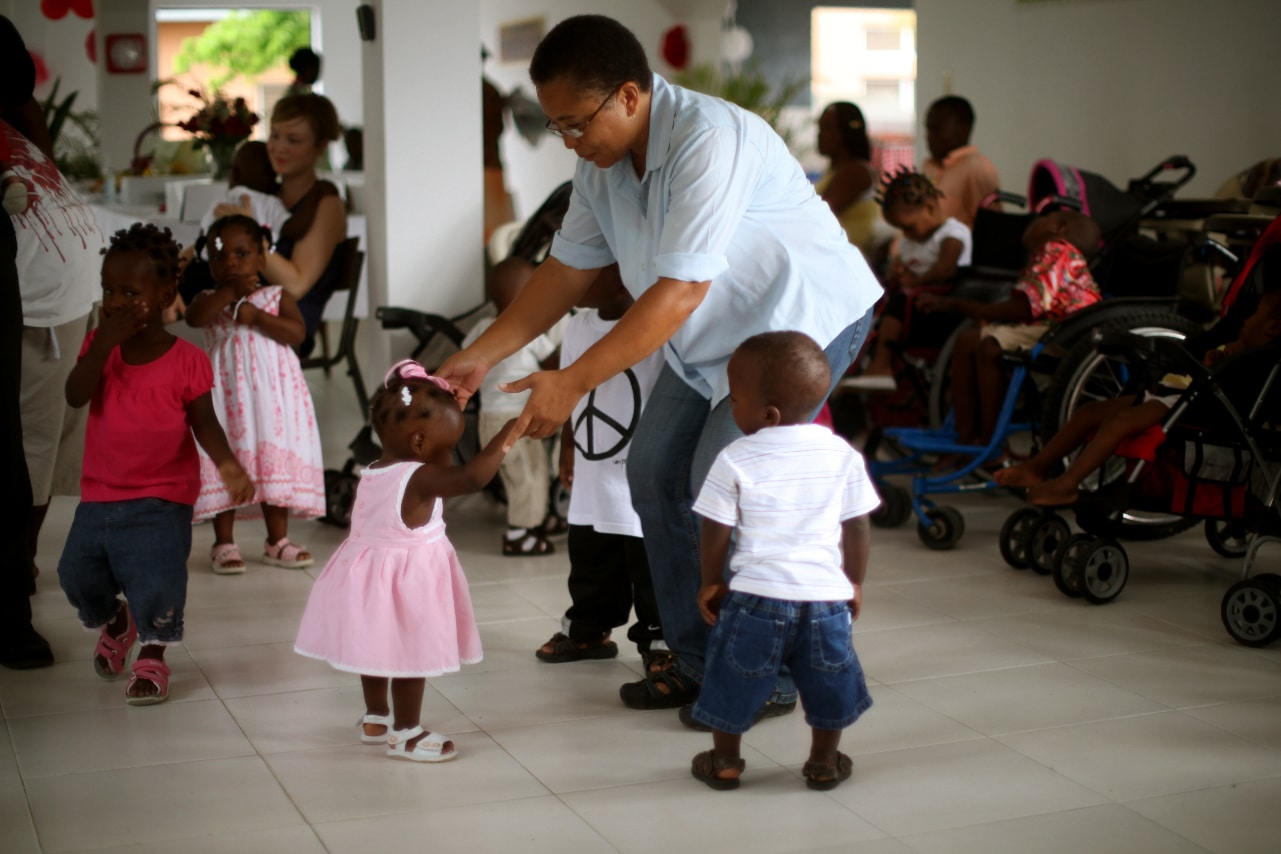 The children and staff of Zanmi Beni spent Mother's Day celebrating.