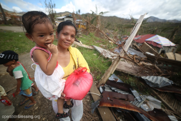 OBI teams are providing relief packages of food as well as medical care for the victims of Typhoon Haiyan in the Philippines.