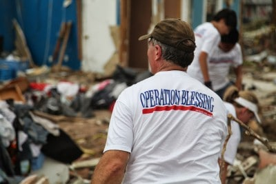 2013-1107-disaster-relief-400