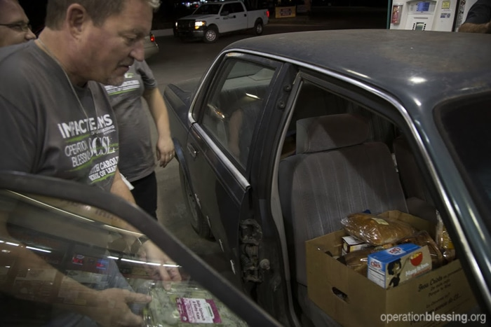 Distributing food to the hungry in Texas