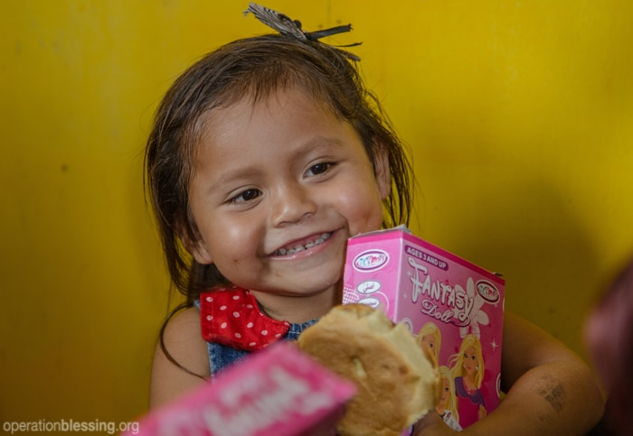 Operation Blessing brings joy to students at San Jose Preschool in Peru with a special Christmas celebration