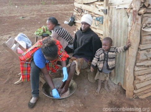 Children in Kenya too poor to own shoes