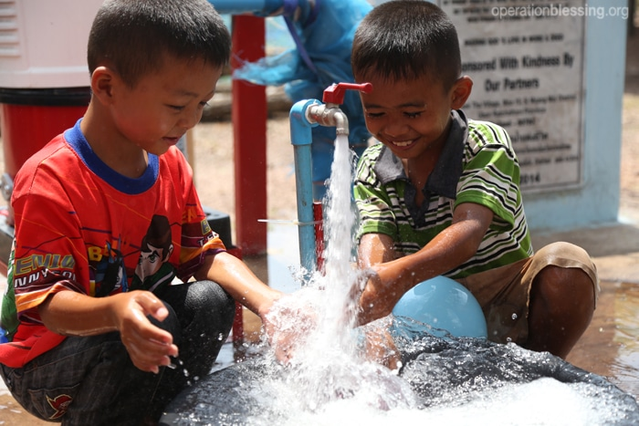 The special gift of water for a small village in Thailand