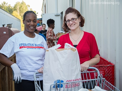 A struggling single mom finds the help she needs at an Operation Blessing-supported food pantry