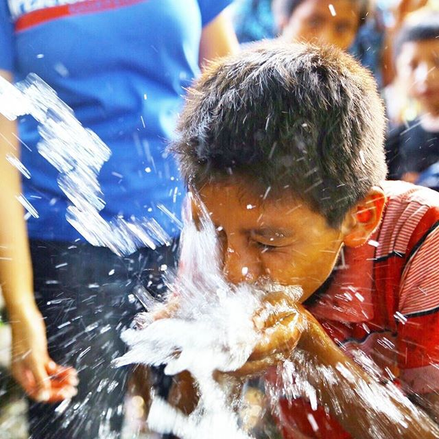 Safe drinking water for flood victims in Guatemala