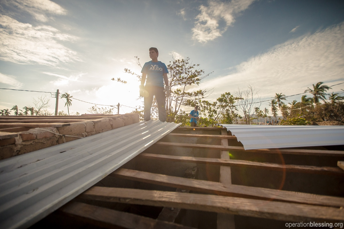 Repairing roofs in Mexico after Hurricane Patricia
