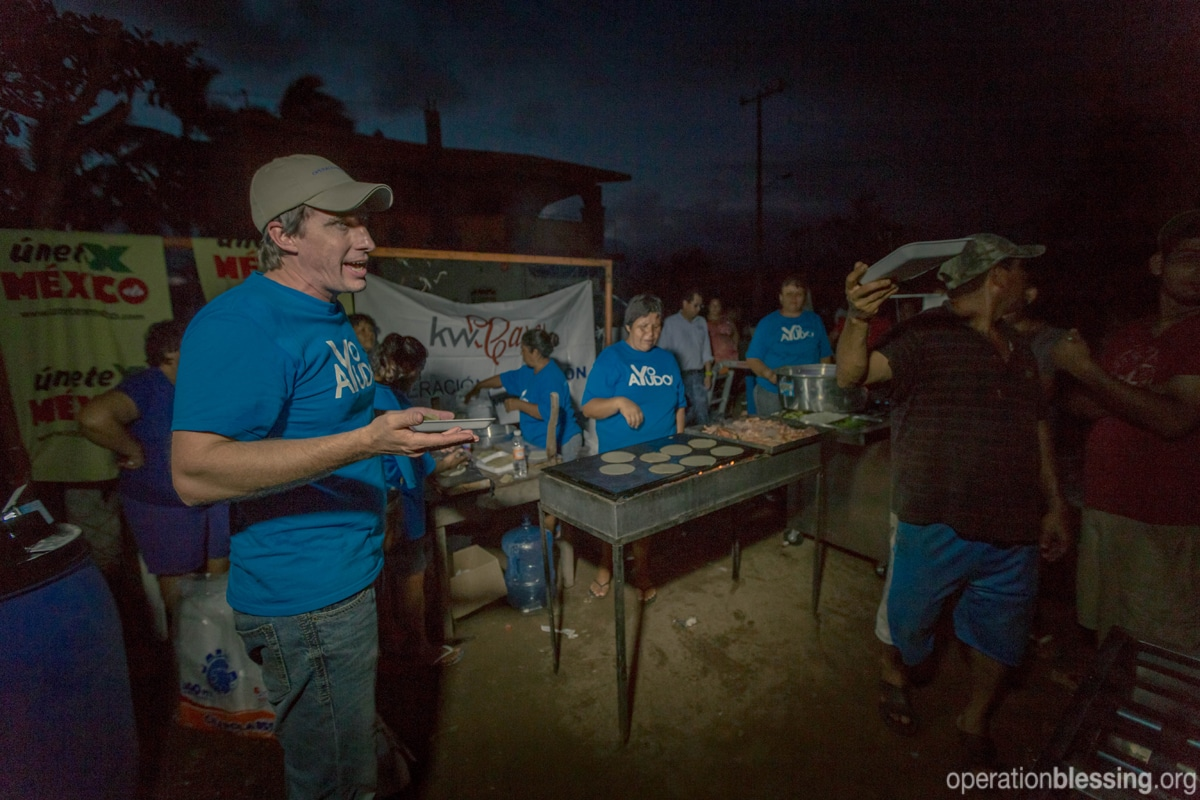 Tacos bring the community together after Hurricane Patricia