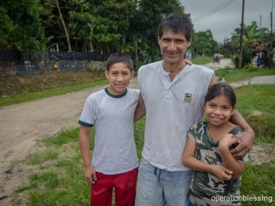 Tedi did not know juanes would help him support his two children.