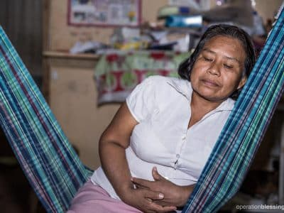 Flor suffered from pain in her bladder area and was afraid to learn if it was cervical cancer.