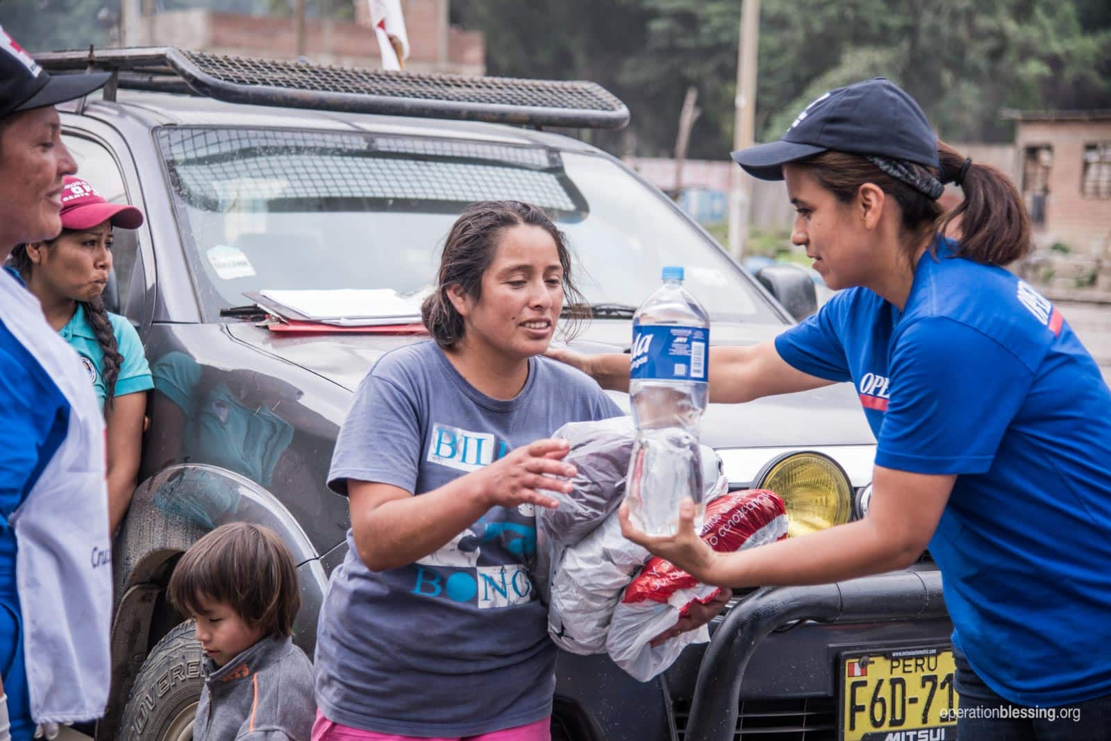 OB Peru staff and volunteers distribute much needed relief to victims.
