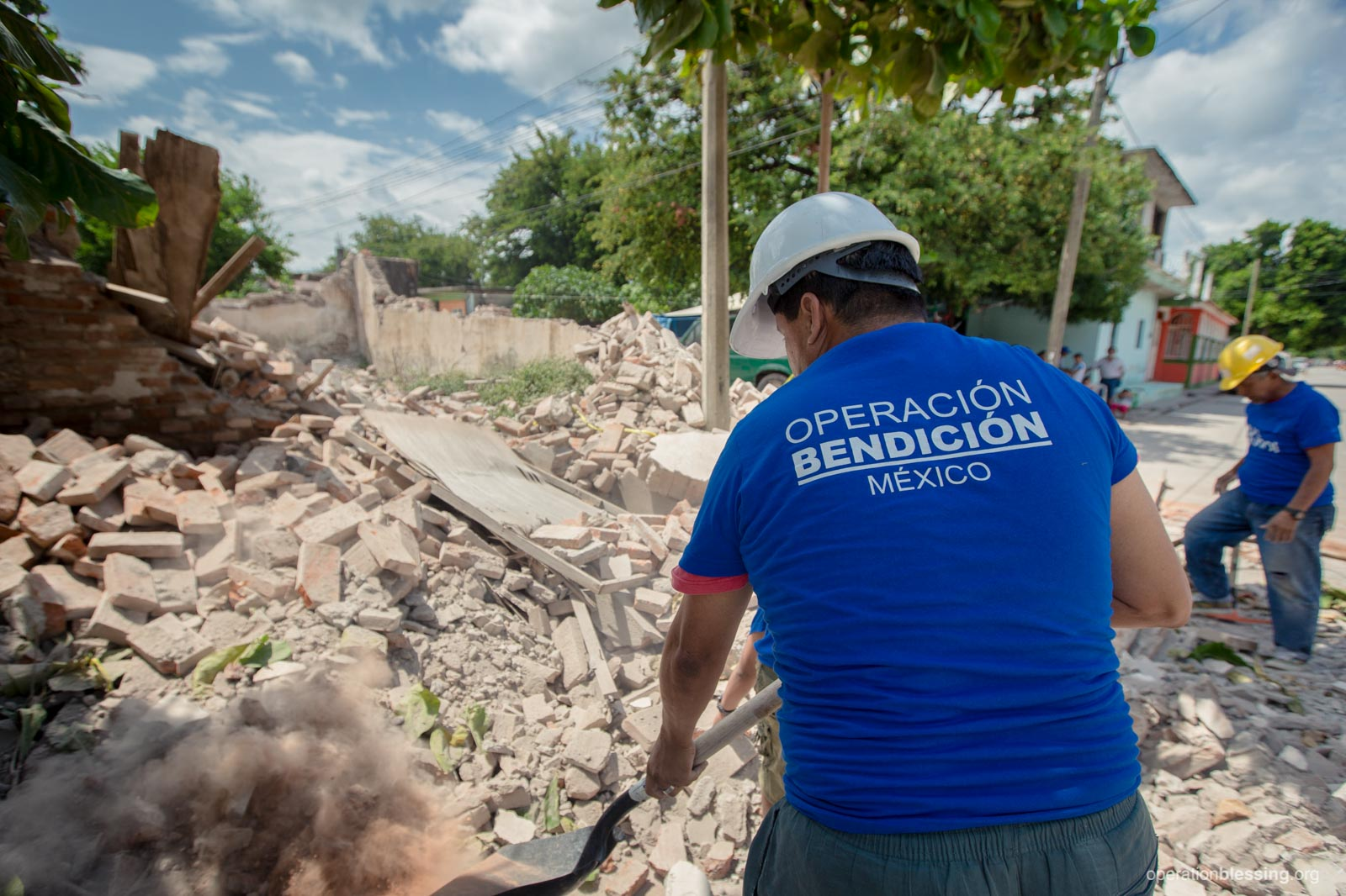 Operation Blessing workers serving by clearing rubble after the earthquake in Mexico.