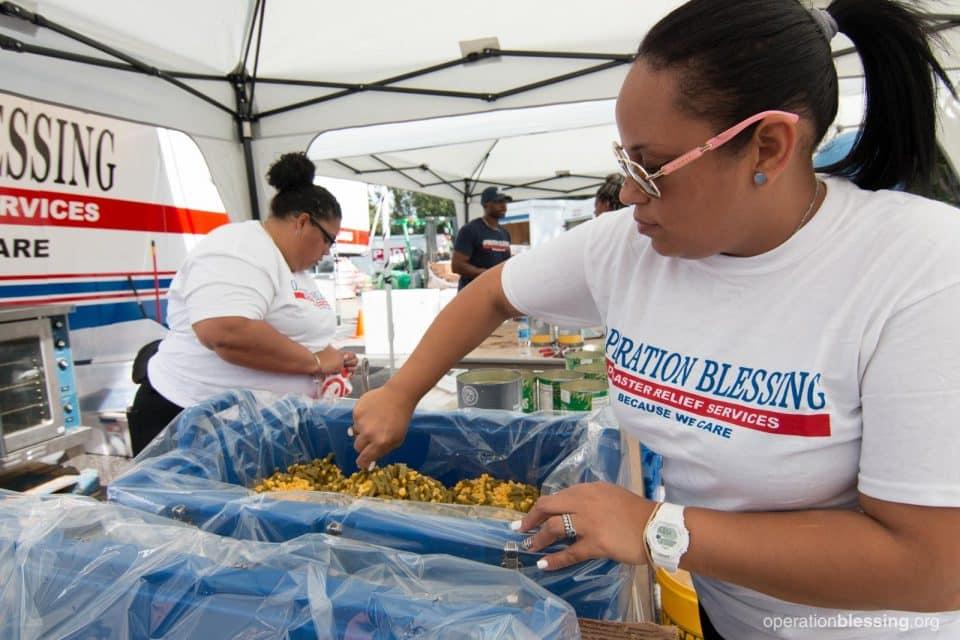 Puerto Rican volunteers serving food in North Carolina after Hurricane Florence.