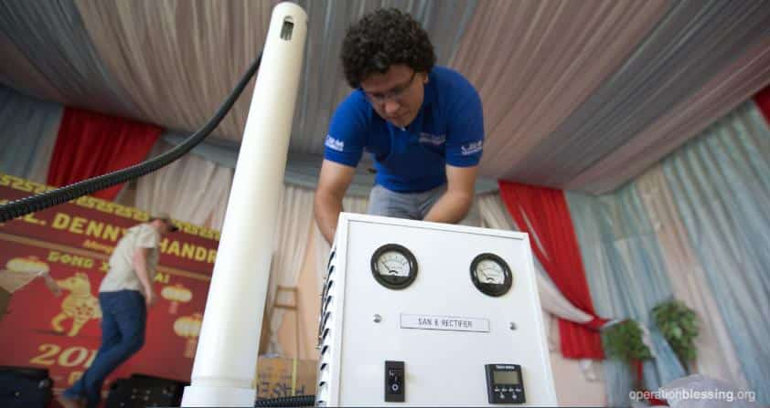 An Operation Blessing chlorine generator is put in use.