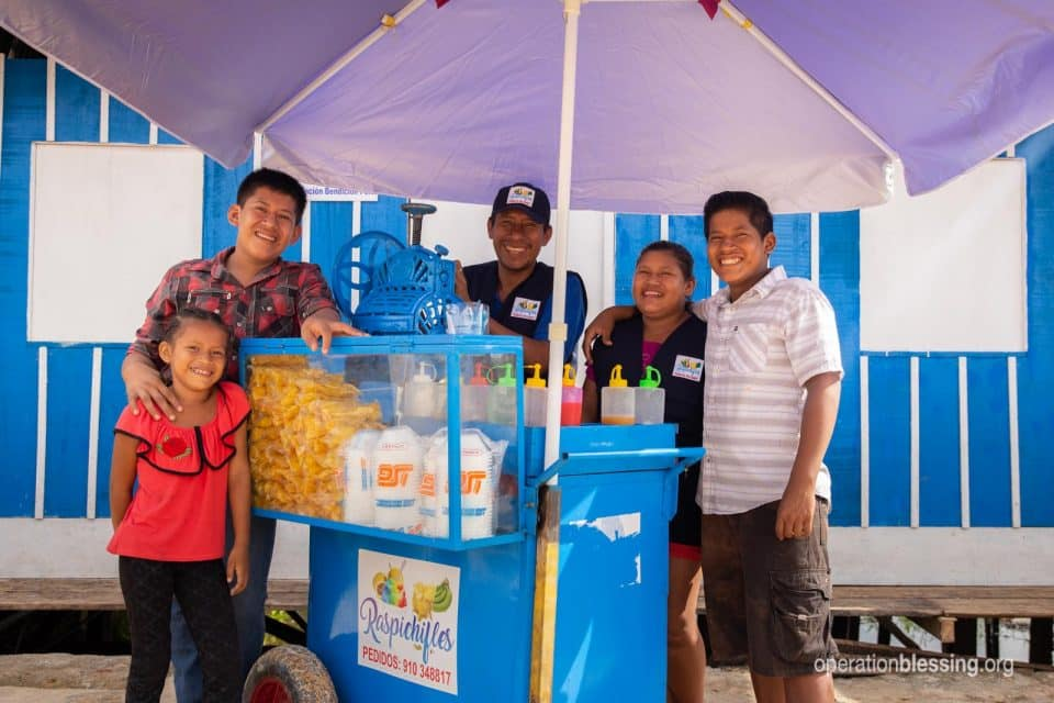 Single father, Juan, got business support from Operation Blessing friends.