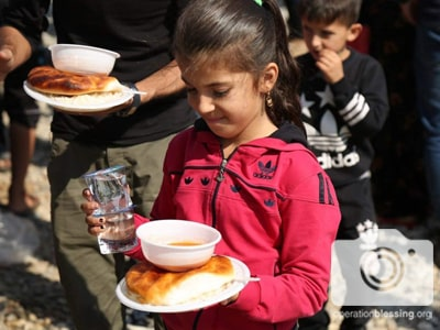 Kurdish refugees get help from Operation Blessing.