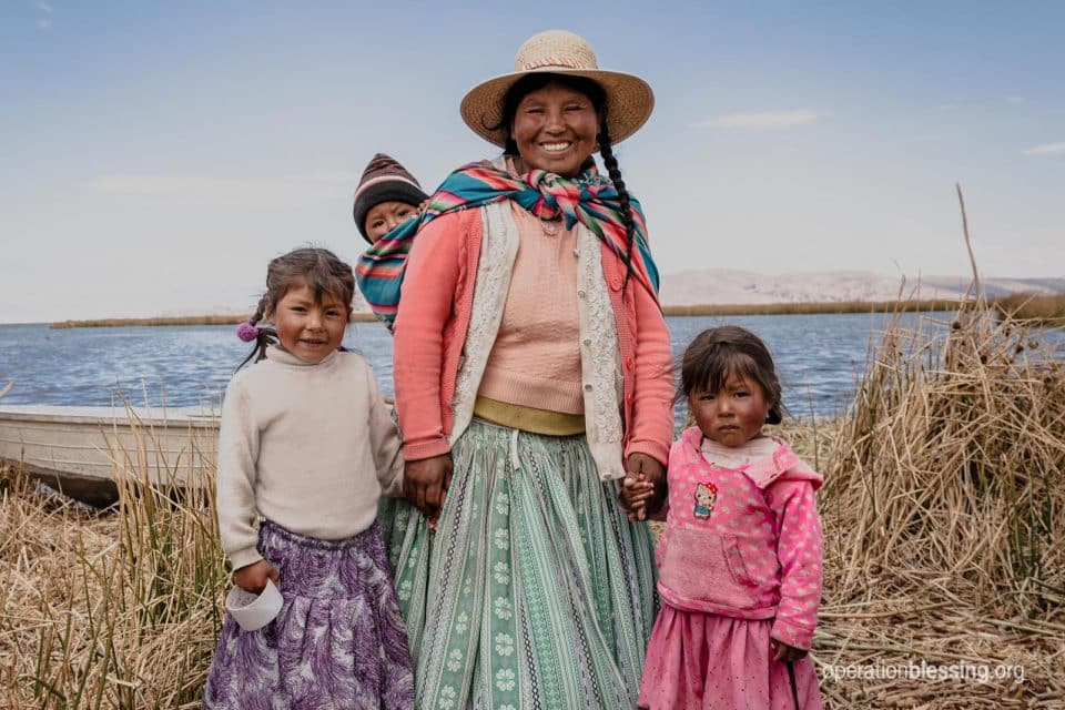 Fighting hunger in Peru through nutrition , schools and the blessings from our donors.