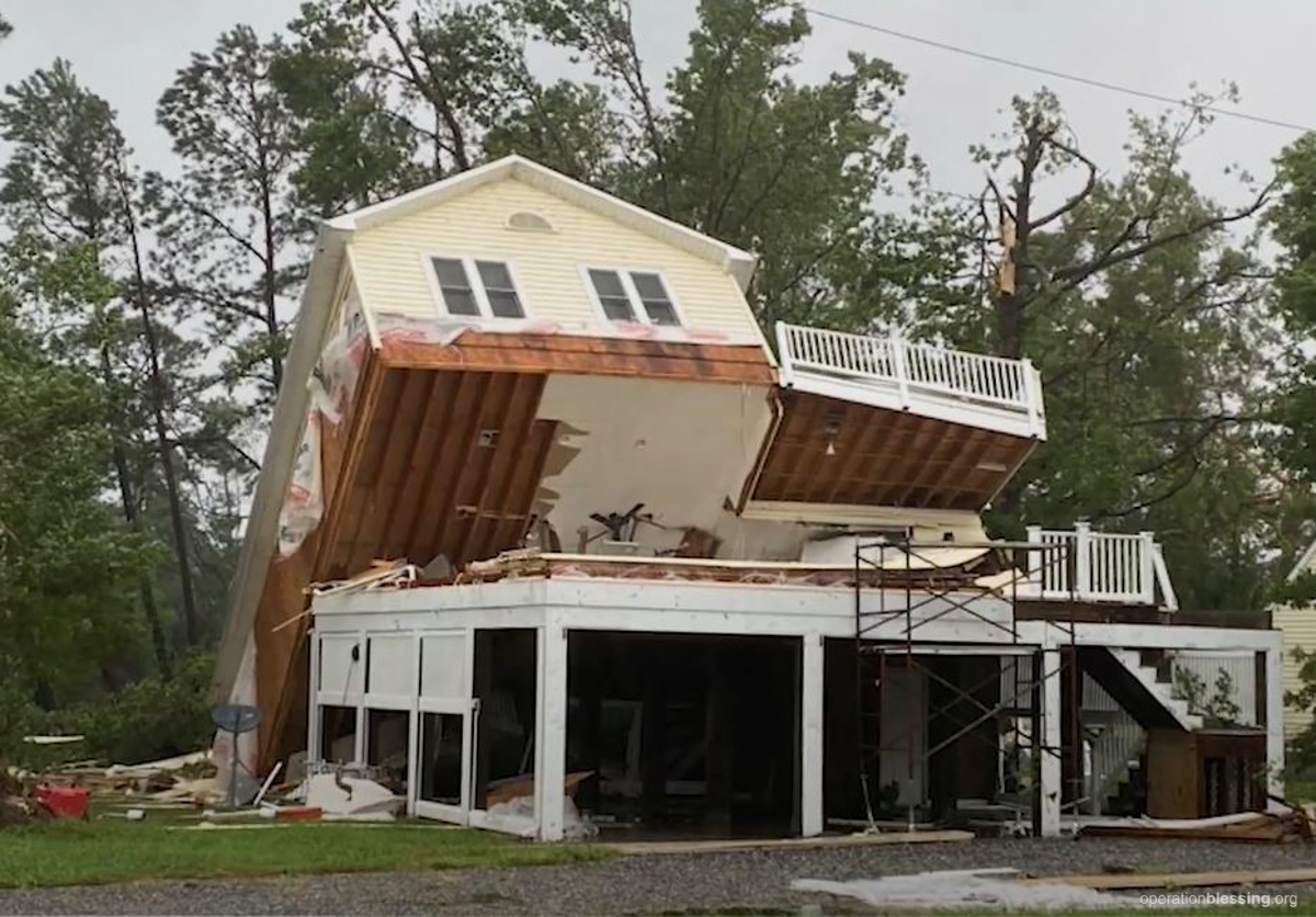Isaias home damage