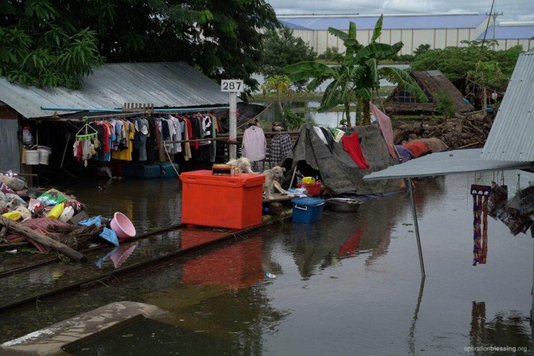 camobodia flood destruction