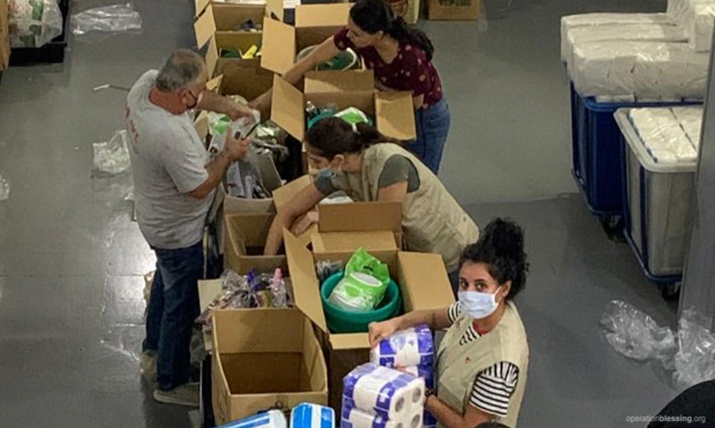 Preparing disaster aid for victims of Beirut explosion.