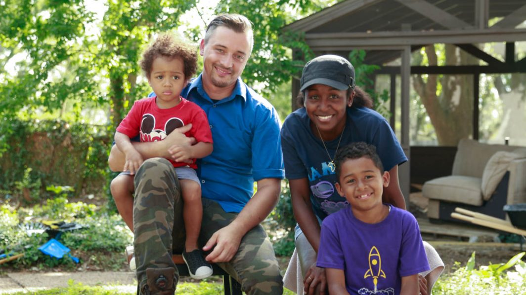 family of flood victims get help in Lake Charles