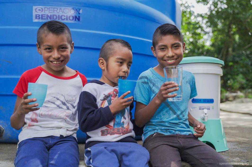 family needing water mexico