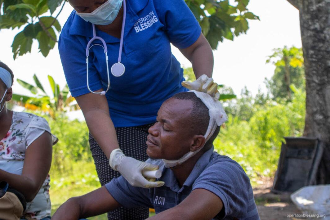 Medical care in Haiti for quake victims